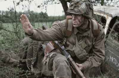 Band of Brothers 2001 war movie